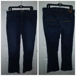 Lucky brand jeans / Charlie baby boot size 12/31